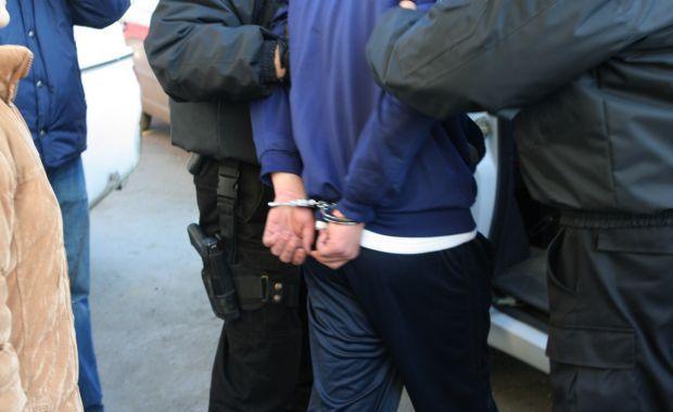 Barbat arestat