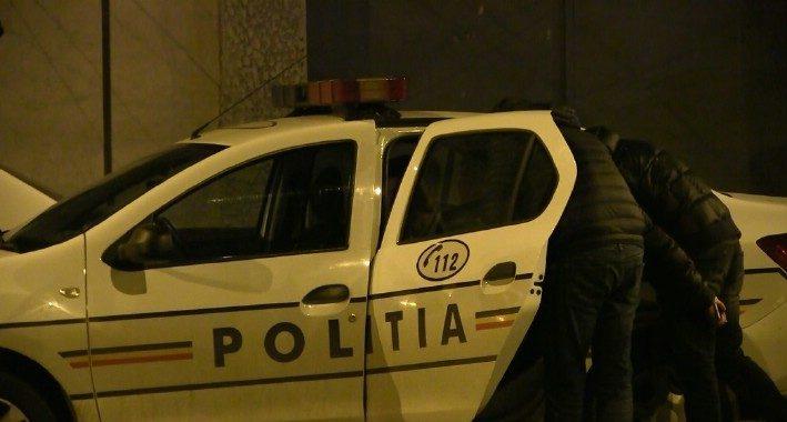 politie-noapte-incatusat