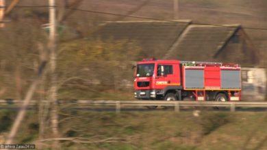 pompieri incendiu noapte isu foc stins flacari pompier (6)